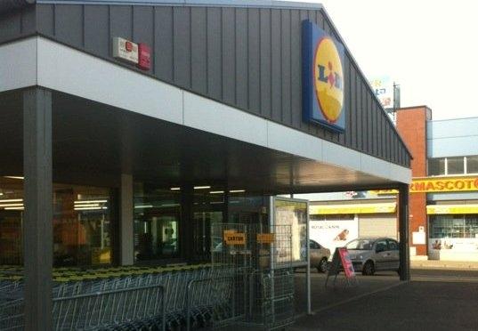 UGT firma la actualización salarial del 1,5% en Lidl Supermercados