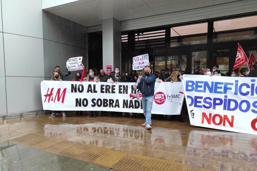 Preacuerdo en el ERE de H&M: los despidos se reducen a 349
