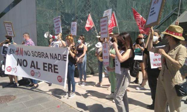 UGT exige la retirada del ERE en H&M tras el seguimiento masivo a la jornada de huelga