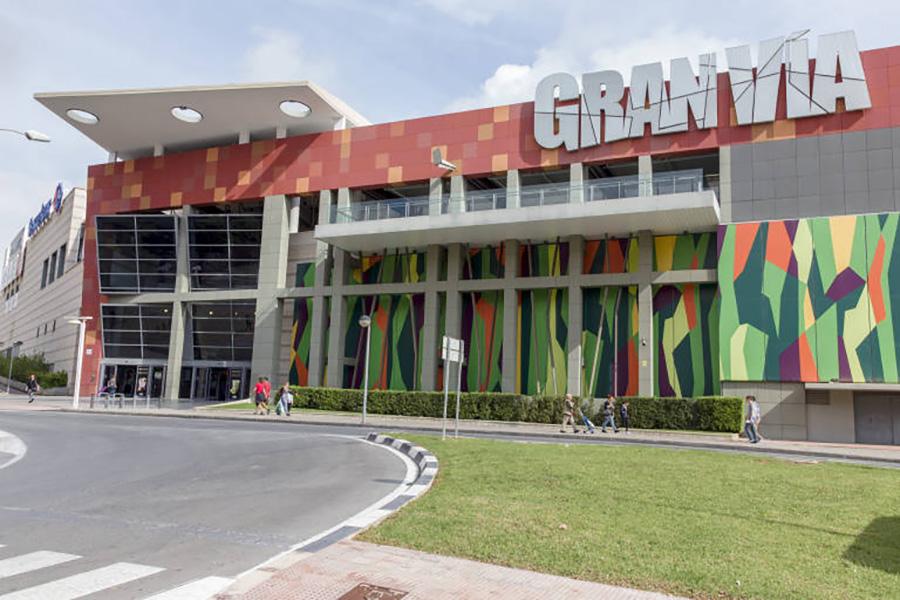 UGT alerta de falta de medidas de prevención en los hipermercados de centros comerciales en Alicante