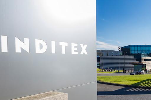 Negociación para la transformación digital y la absorción de tiendas en Inditex